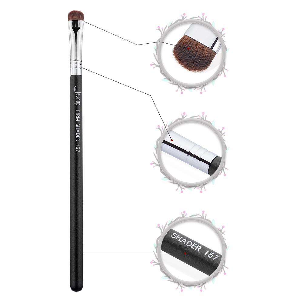 flat eyeshadow brush introduction