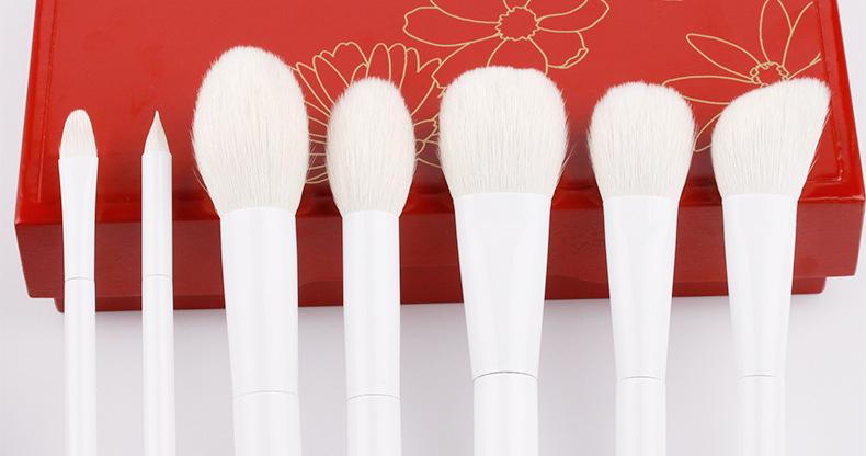 natural wood handle makeup collections