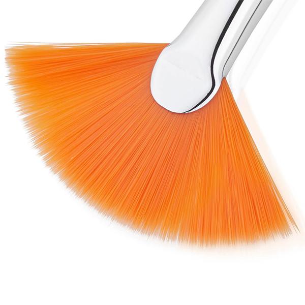 small fan brush